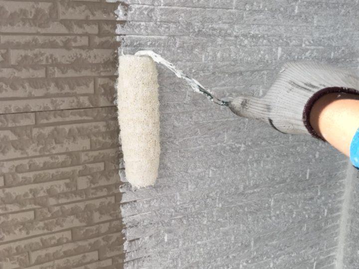 施工中 下塗り