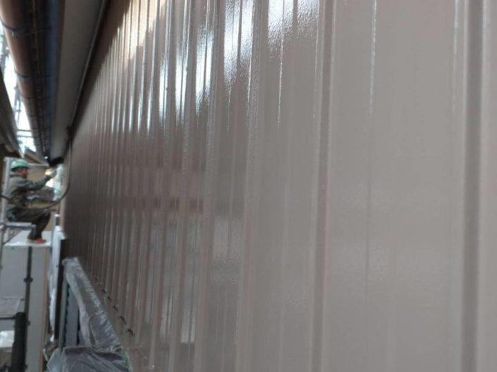 外壁トタン 上塗り