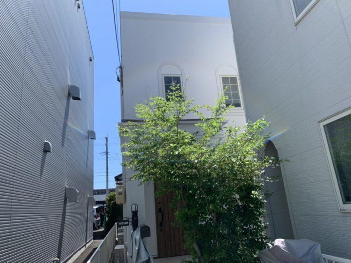 施工前のホワイトで新築時のように綺麗になった外壁! |安城市 H様邸|安城市、西尾市の塗り替え屋本舗 588
