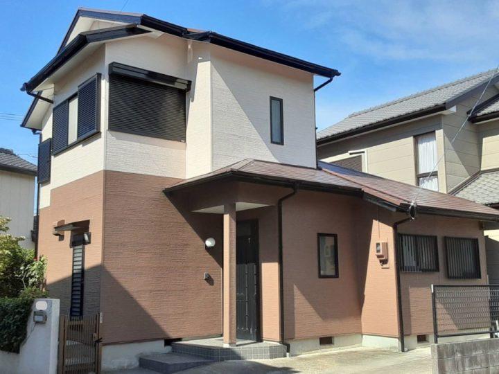 ナポリブラウンの屋根とピンクベージュ×グレーブラウンの外壁が相性バツグンです❣|愛知県西尾市N様邸|愛知県西尾市・安城市の塗り替え屋本舗 愛知 623 施工データ  完工