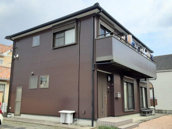 屋根カバー工事と外壁をダークブラウン単色塗りに❣|愛知県西尾市K様邸|愛知県西尾市・安城市の塗り替え屋本舗 愛知 644 施工データ  完工