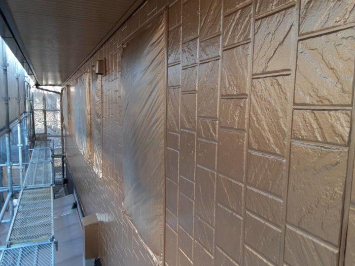 2階外壁 上塗り1回目