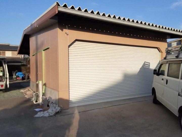 車庫外壁中塗り