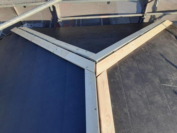 屋根カバー施工作業⑥