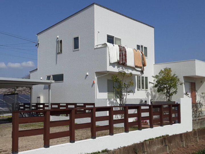 既存色塗装 新築時の真っ白な外壁が甦り美しい仕上がりに☺|愛知県西尾市N様邸|愛知県西尾市・安城市の塗り替え屋本舗 愛知 690 施工データ  完工