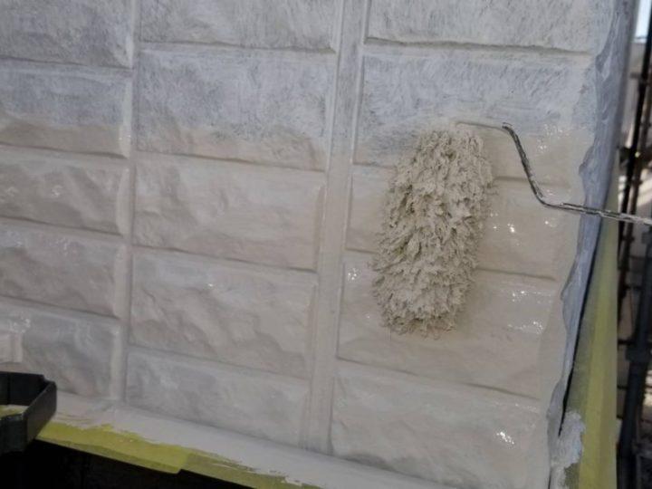 外壁塗装 2階 中塗り